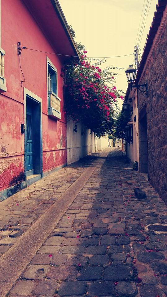 calle-de-las-trampas-honda-Colombia