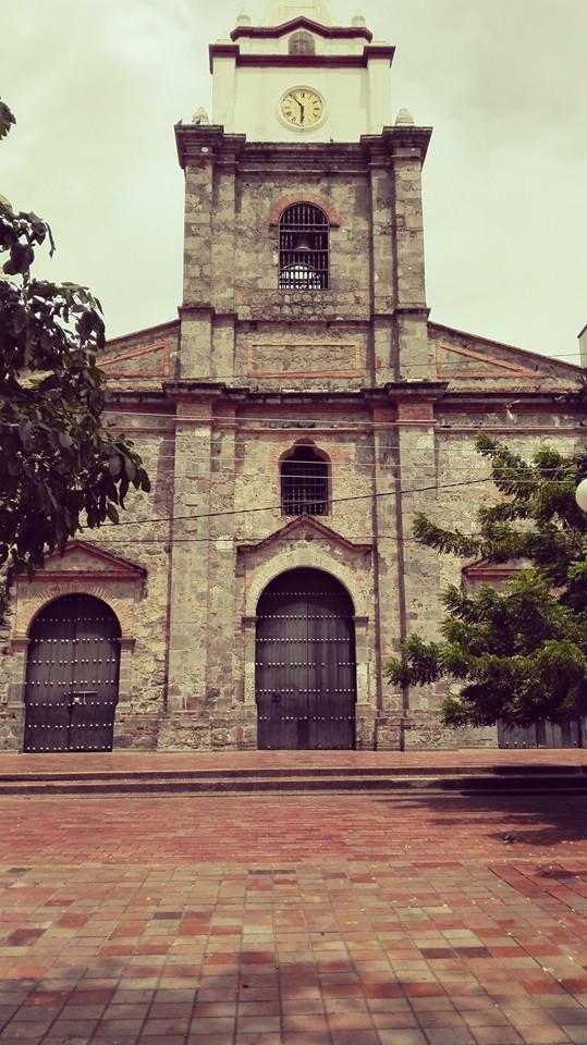 chiesa-honda-tolima-colombia-partire-viaggiare