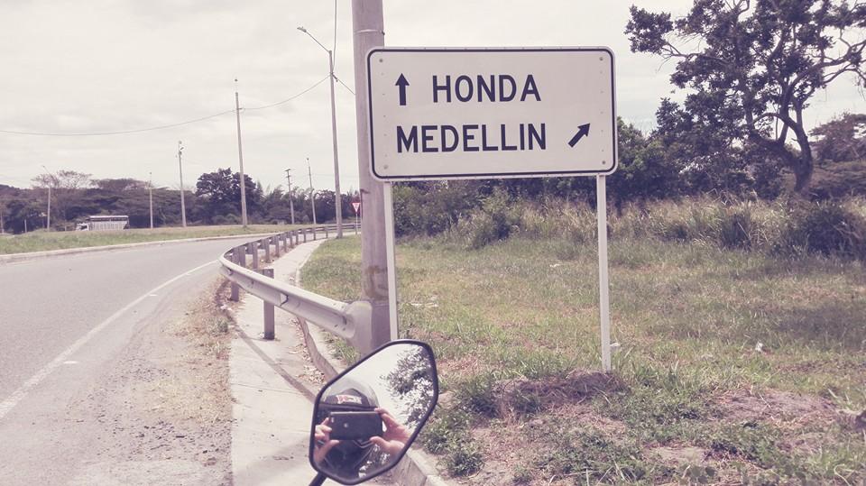 motociclismo-in-sudaaerica-Medellin-Honda