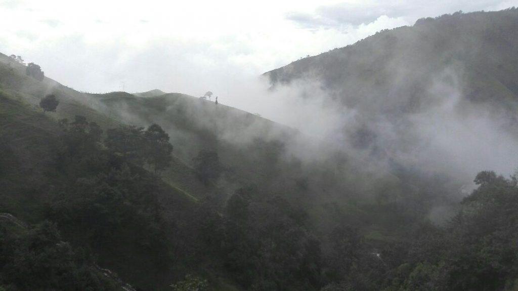 paesaggio-mistero-nebbia-viaggio-in-sud-america