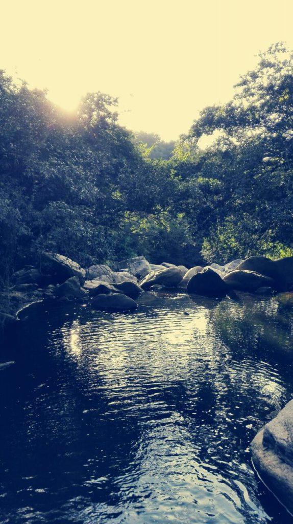 Paesaggio-natura-salto-de-versalle-guaduas-Colombia