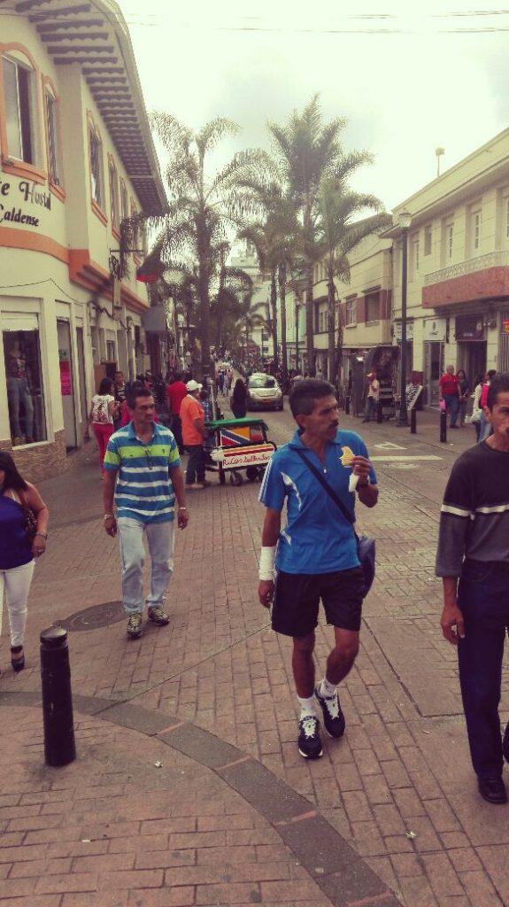 strade-di-manizales-facce-colombiane