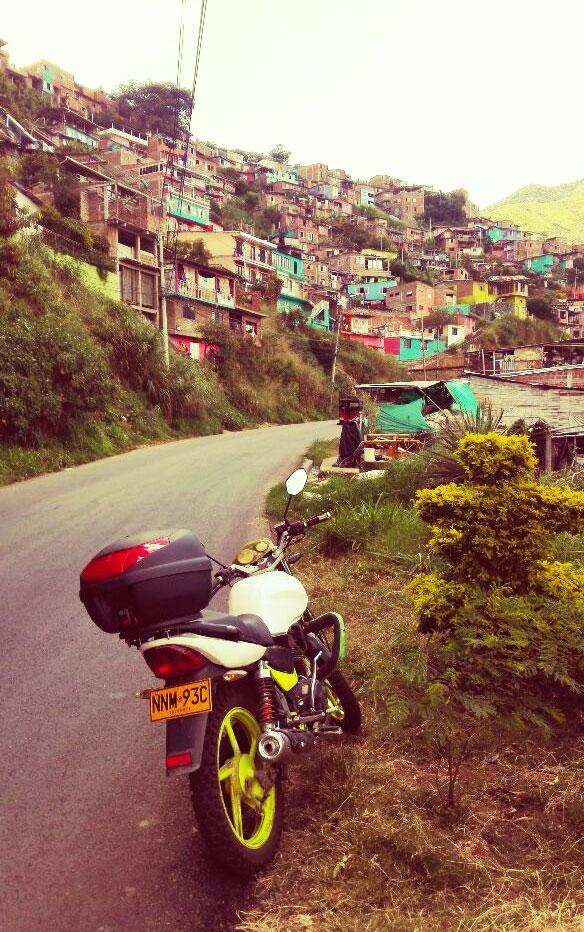 periferie-città-sud-americane-viaggio-in-moto