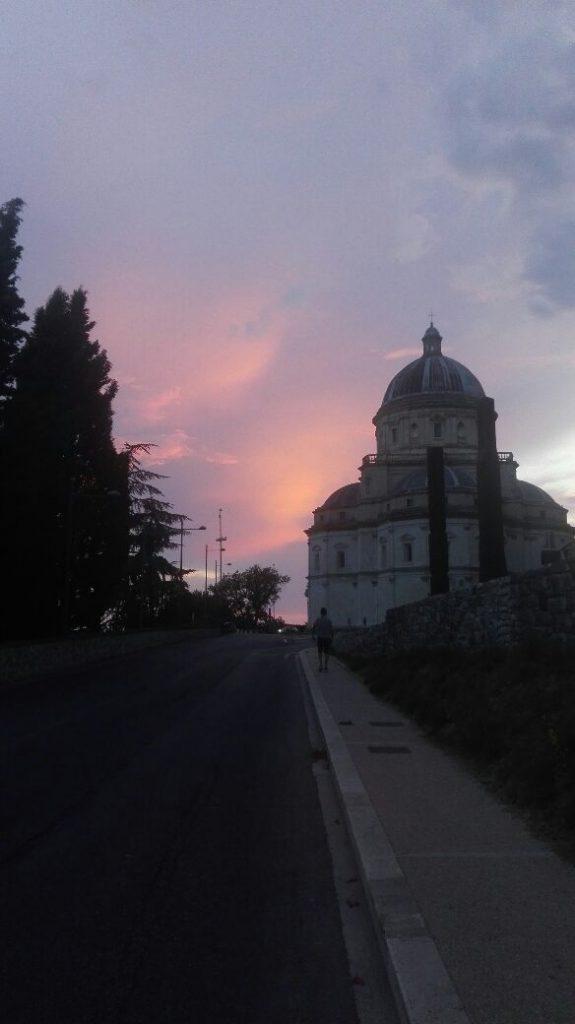 todi-perugia-al-tramonto.jpg