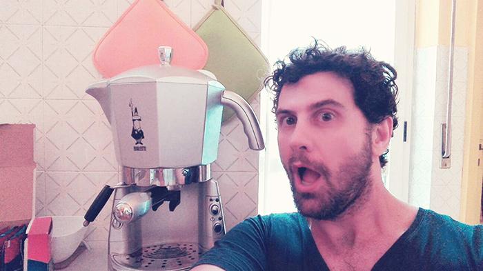 macchina da caffè gigante