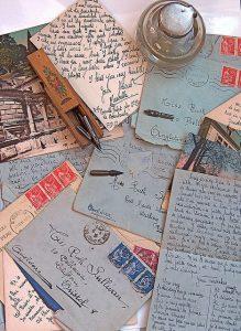 lettere e penna stilografica, love letters from strangers