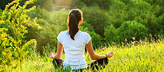 pratica meditazione prato