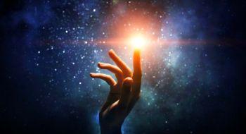 la danza dello spirito con la materia piccola